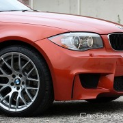 4-wheel BMW M vacuum-assisted ventilated, cross-drilled compound disc brakes with floating brake rotors