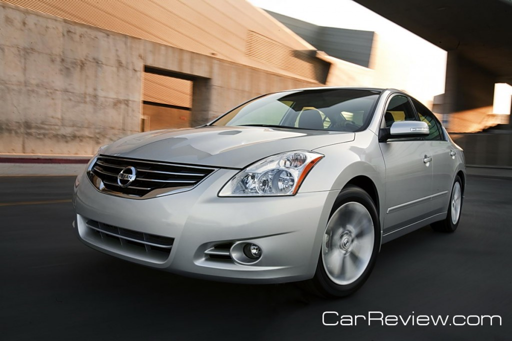 2012 Nissan Altima 2.5 S Review – Pushing the boundary of mediocrity