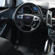 Ford Focus Titanium interior
