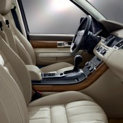 01-All_PV_L320_INT_Interior_in_Almond_Oxford_Leather-850x425