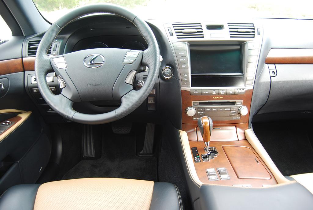 2012 Lexus LS460