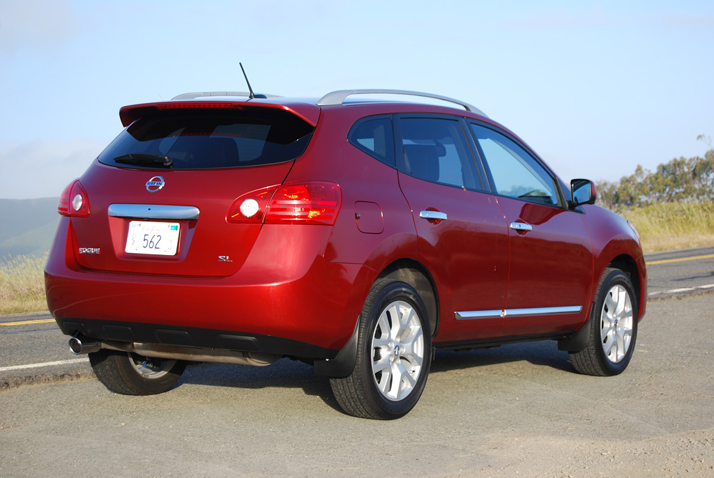 2012 nissan rogue sv fwd review car reviews and news at. Black Bedroom Furniture Sets. Home Design Ideas
