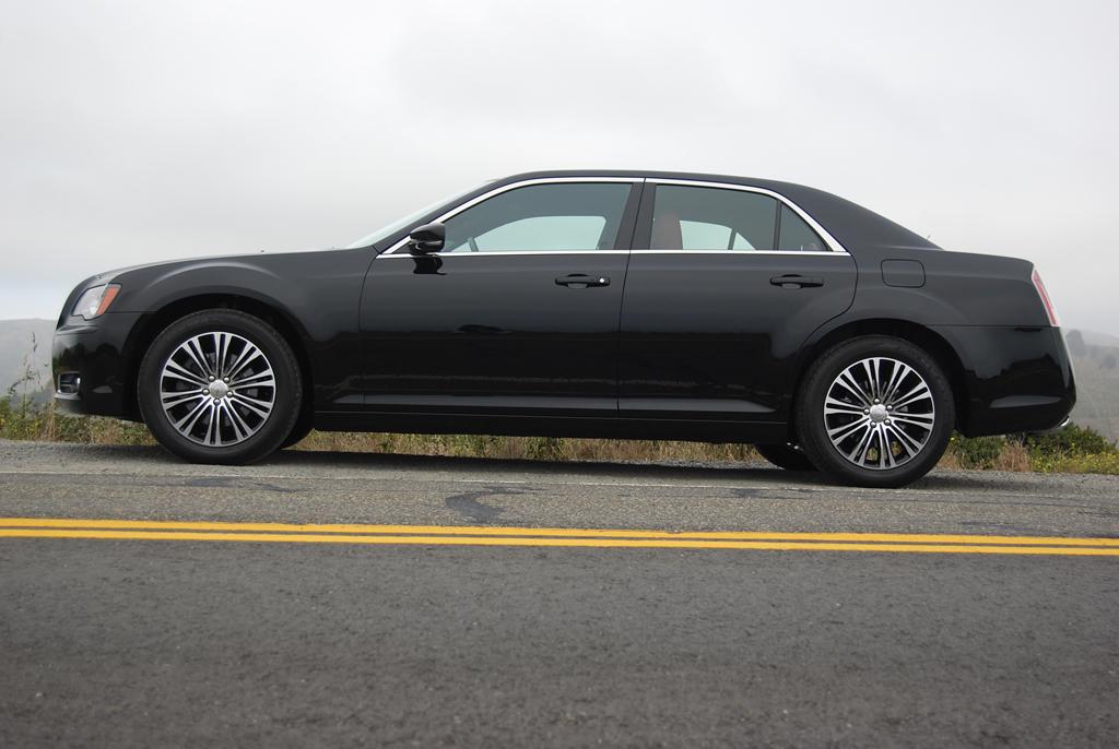 2012 Chrysler 300S AWD