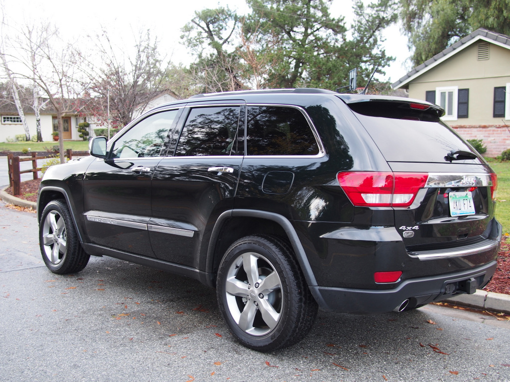 2013 jeep grand cherokee overland car reviews and news at. Black Bedroom Furniture Sets. Home Design Ideas