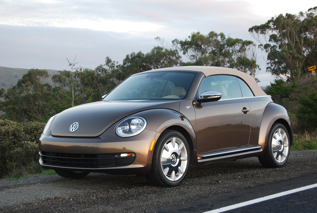 2013 volkswagen beetle convertible 70s review car reviews and news at. Black Bedroom Furniture Sets. Home Design Ideas