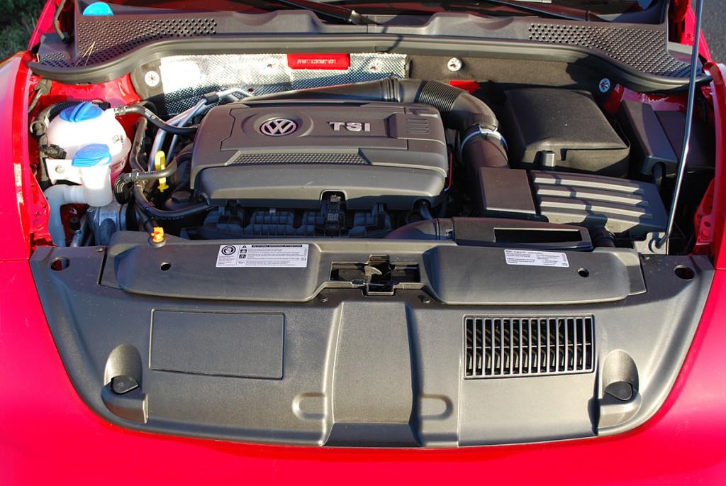 2013 Volkswagen Beetle Convertible Turbo