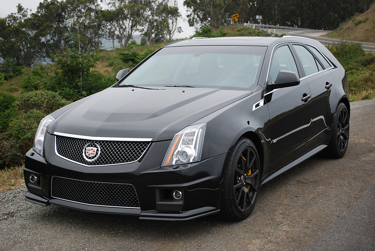 review 2013 cadillac cts v wagon car reviews and news. Black Bedroom Furniture Sets. Home Design Ideas