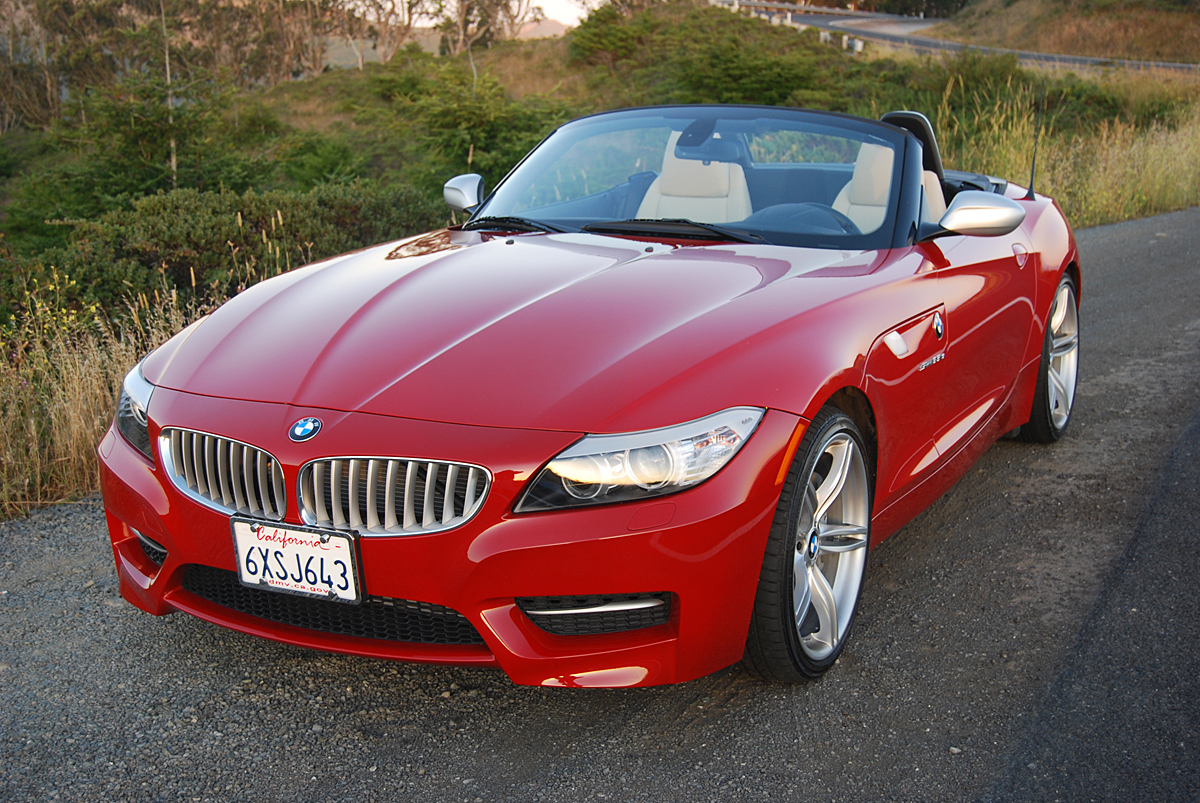 review 2013 bmw z4 sdrive35is car reviews and news at. Black Bedroom Furniture Sets. Home Design Ideas