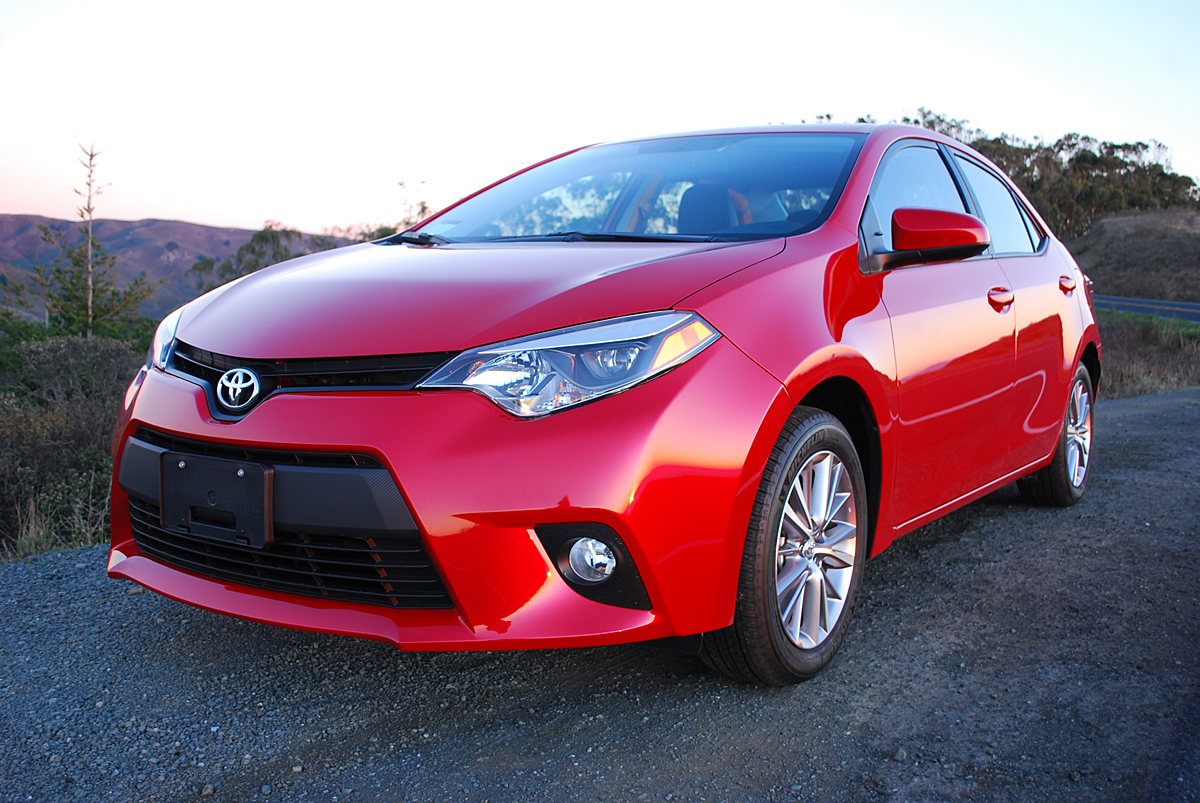 review 2014 toyota corolla le premium car reviews and news at. Black Bedroom Furniture Sets. Home Design Ideas