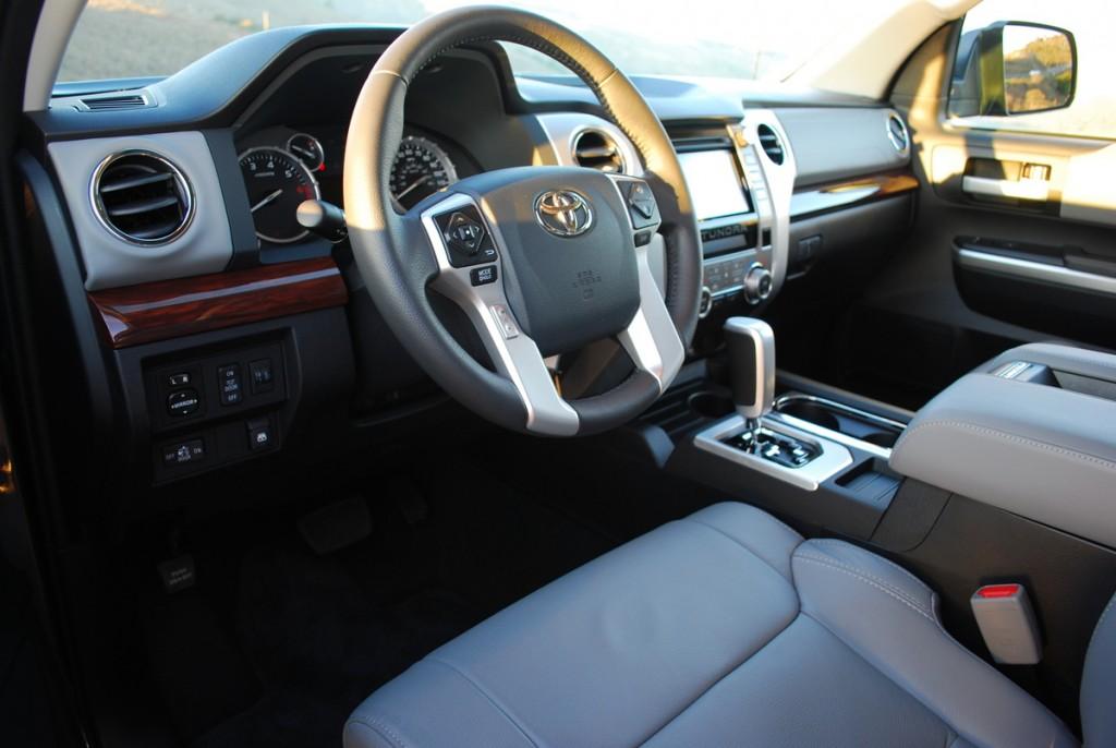 2014 Toyota Tundra 4x2 LTD Crewmax  5.7 V8