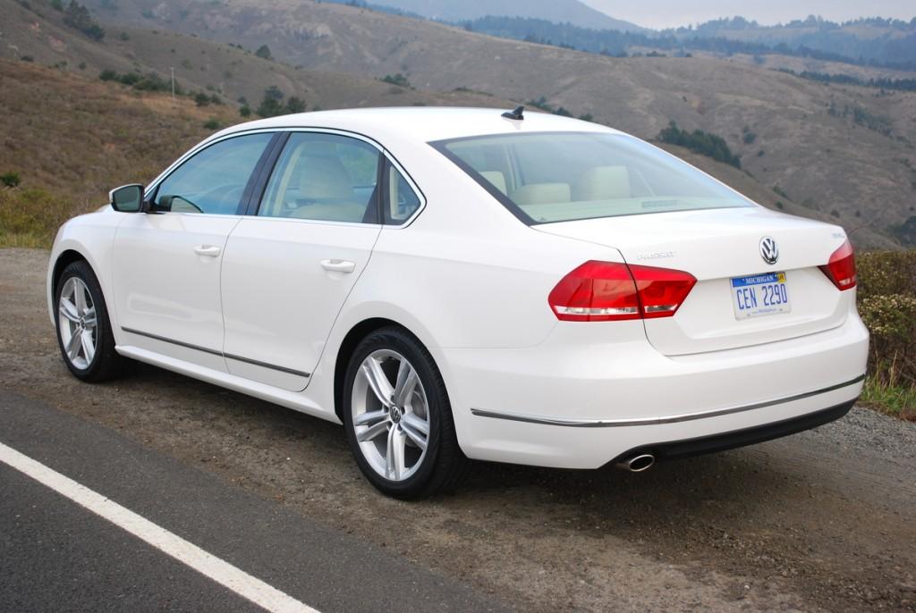 2014 Volkswagen Passat SEL Premium