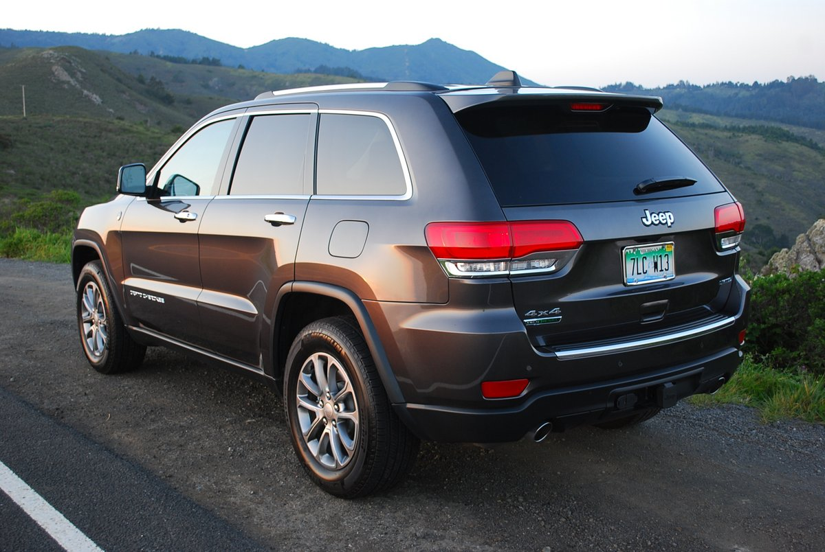 review 2014 jeep grand cherokee limited 4 4 diesel car reviews and news at. Black Bedroom Furniture Sets. Home Design Ideas