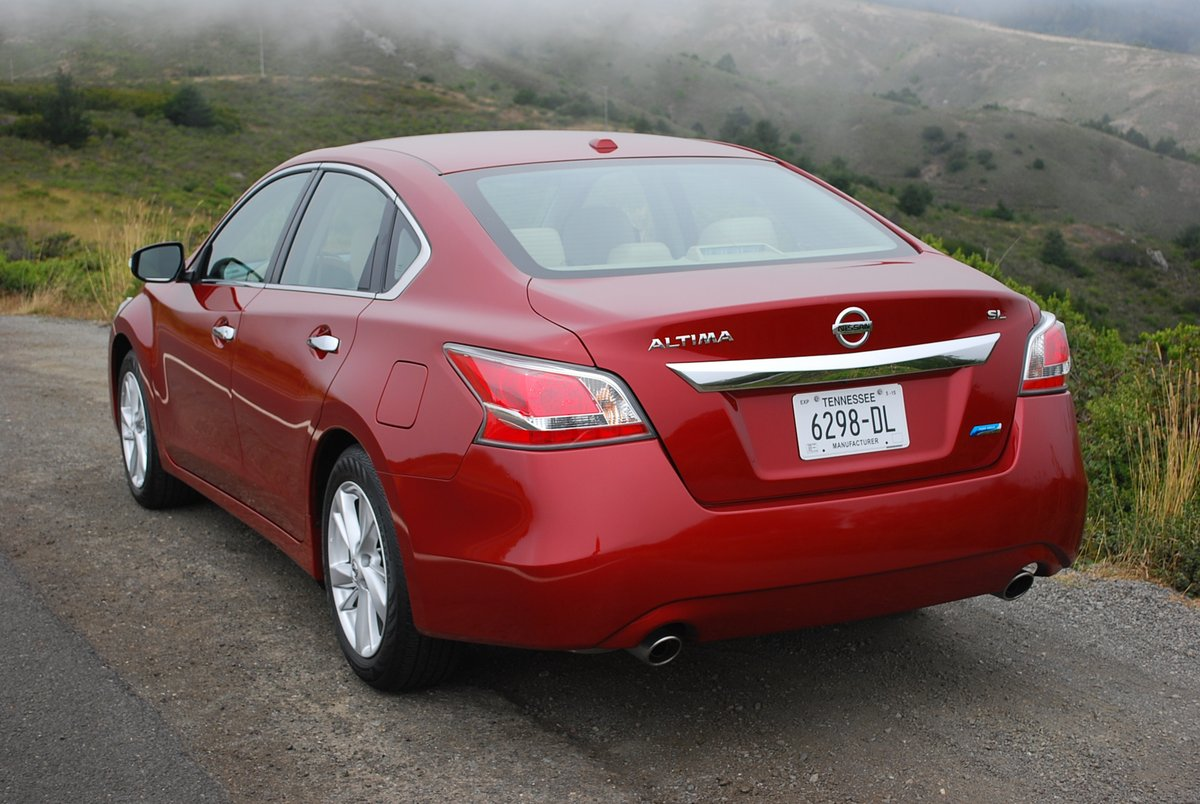 a review of nissan altima