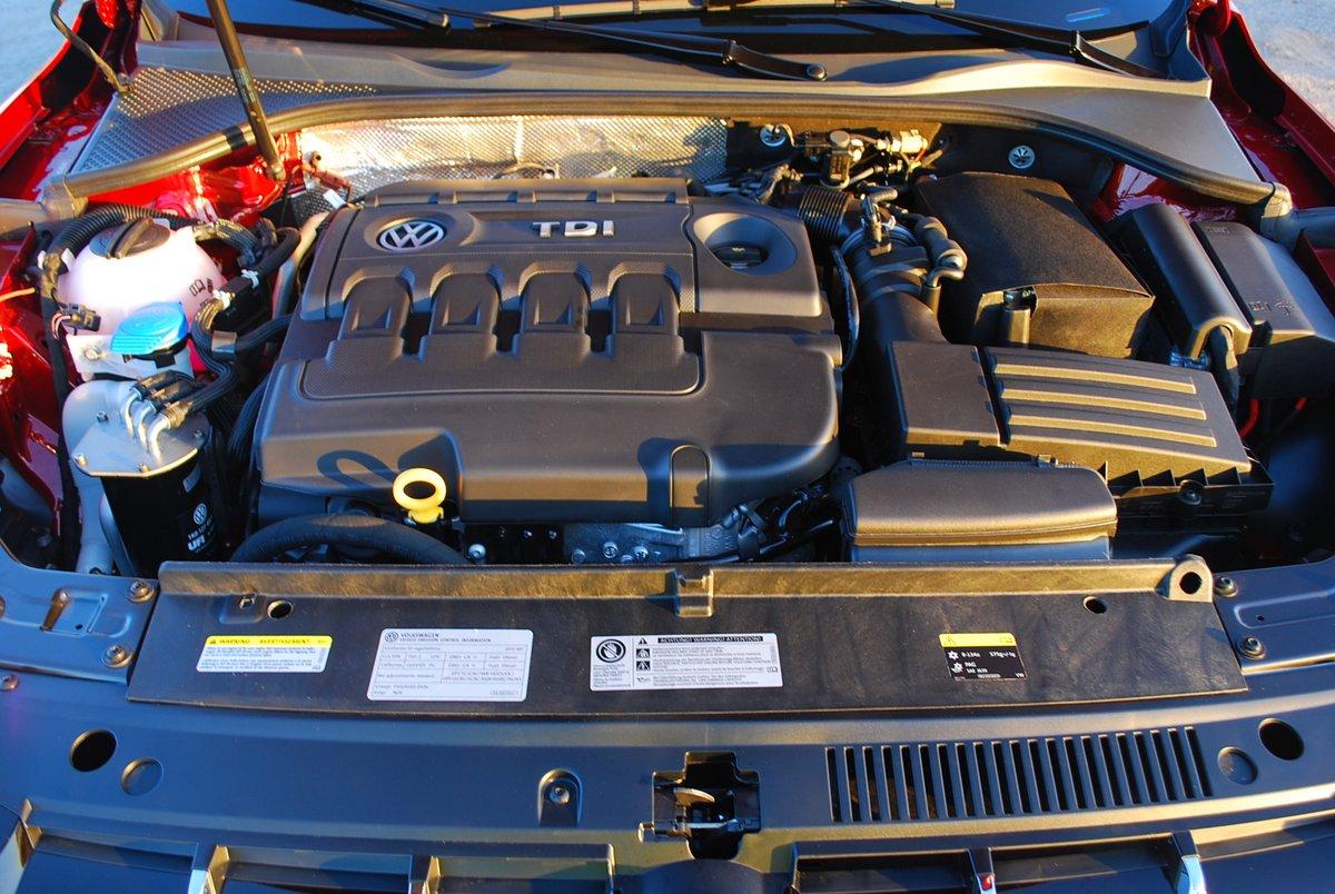 2015 Volkswagen Passat TDI SEL