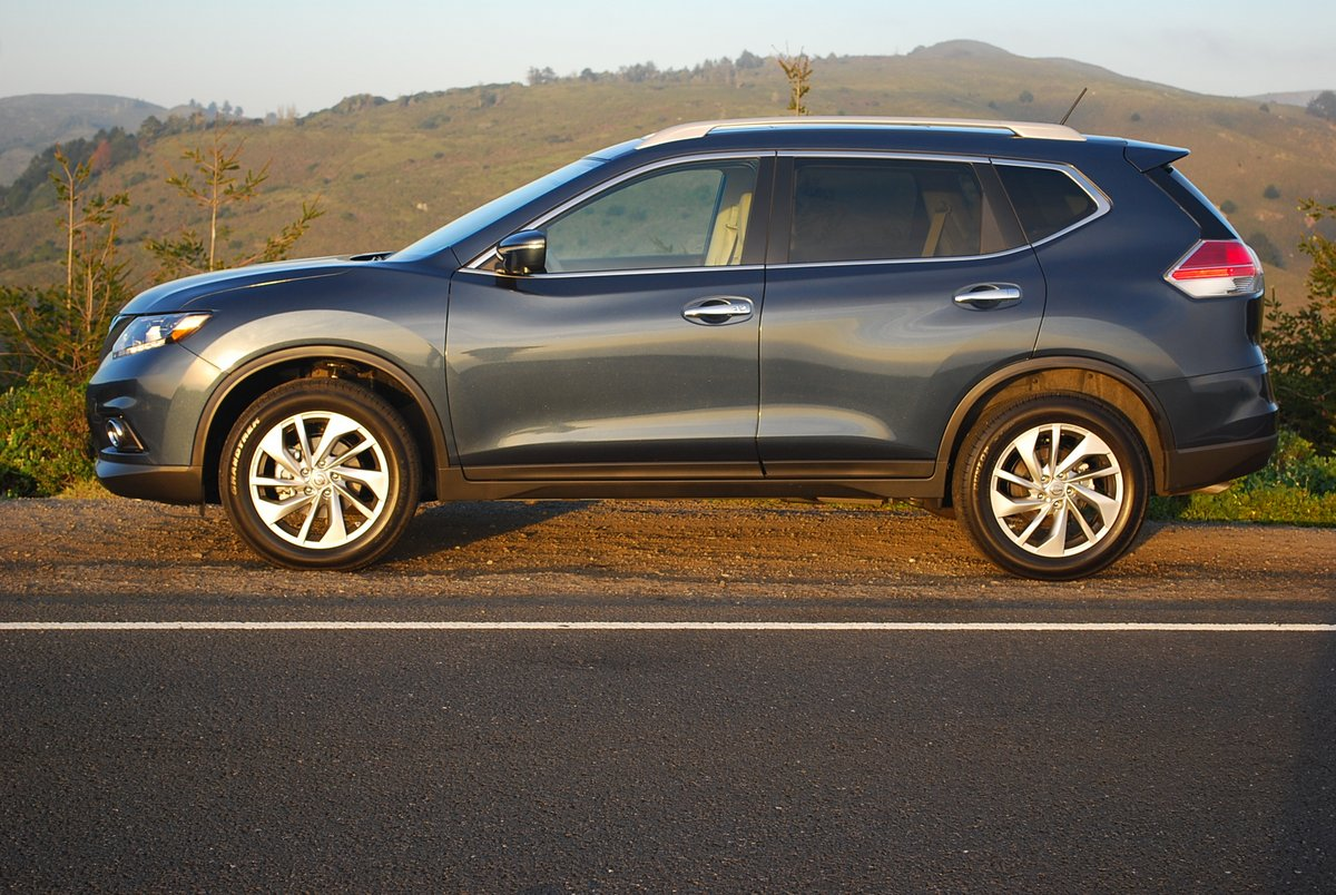 review 2015 nissan rogue sl awd car reviews and news at. Black Bedroom Furniture Sets. Home Design Ideas
