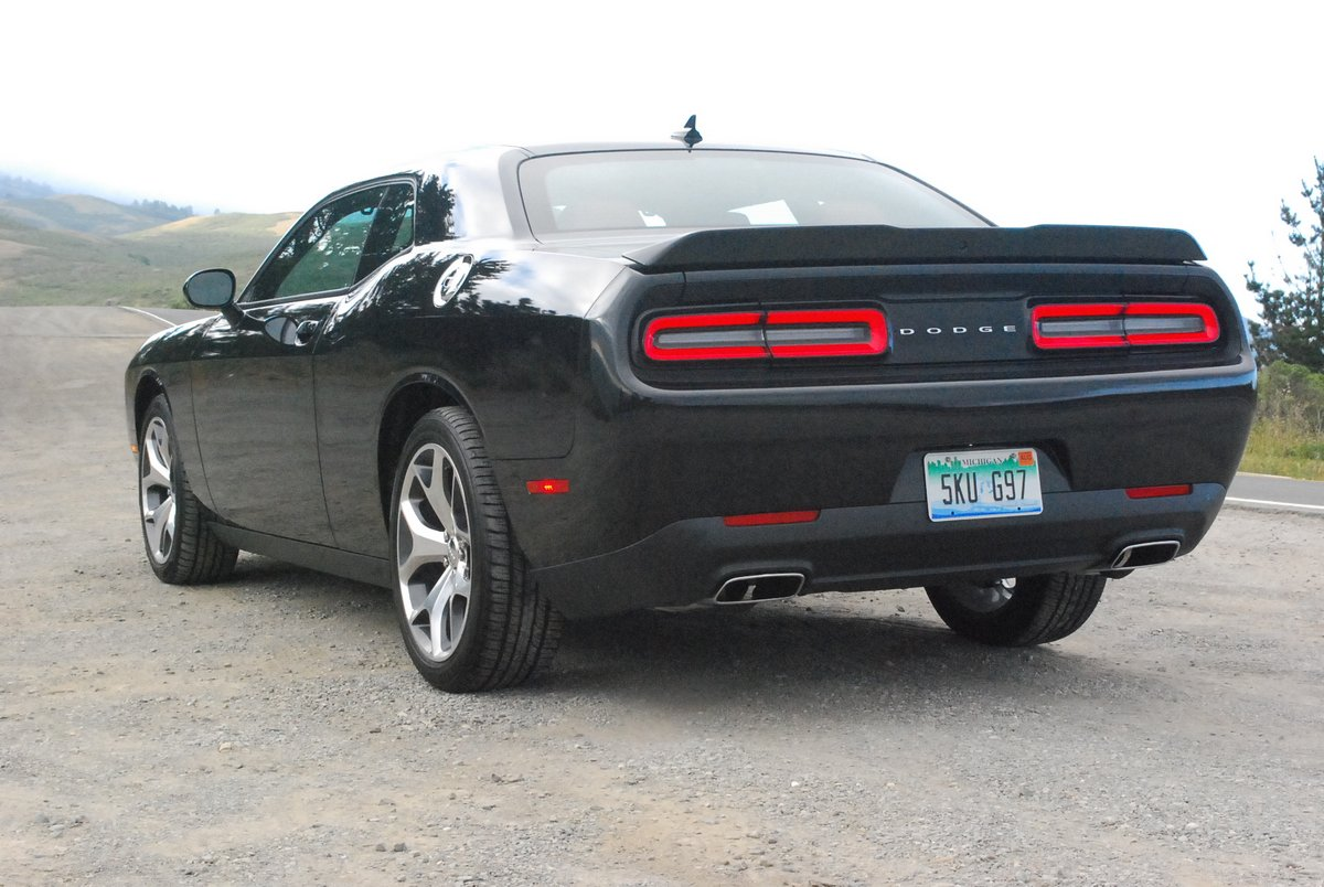 2015 Dodge Challenger SXT Plus