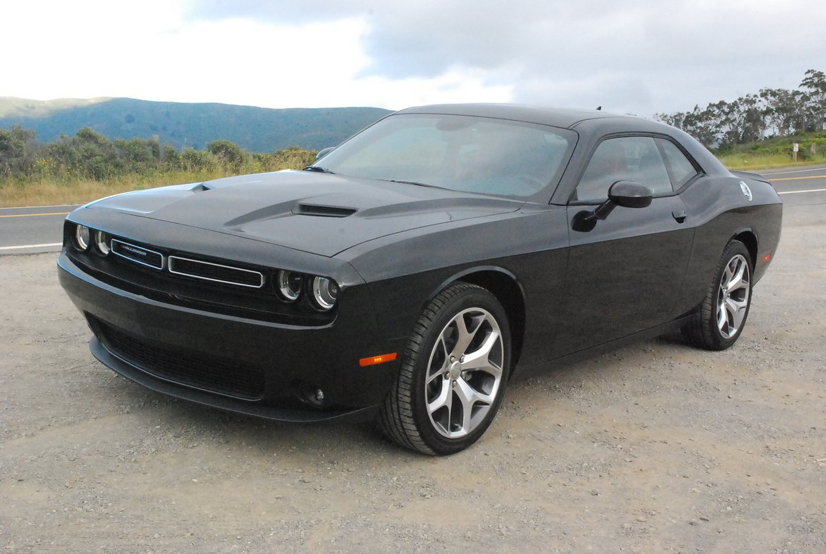 review 2015 dodge challenger sxt plus car reviews and news at. Black Bedroom Furniture Sets. Home Design Ideas