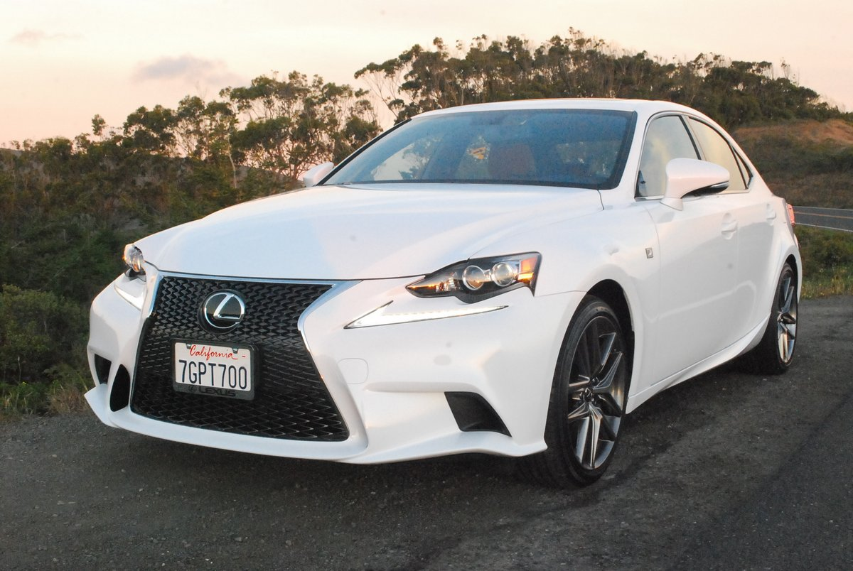 2015 Lexus IS350 4-DR Sedan