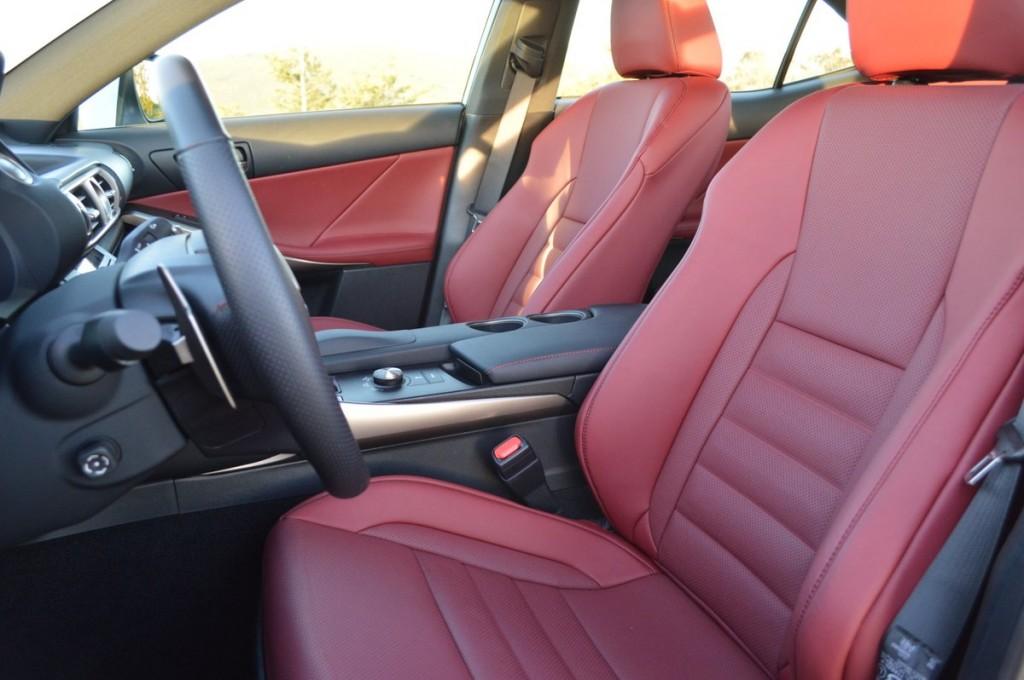 2016 Lexus IS350 4-DR Sedan