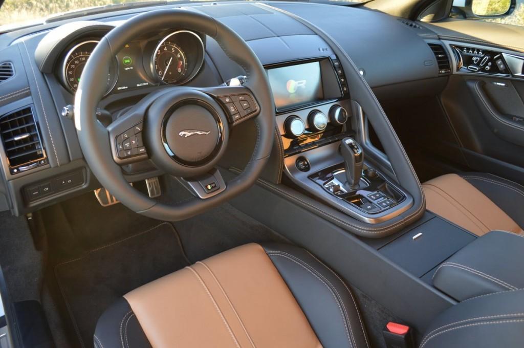2017 Jaguar XK F-Type R Coupe