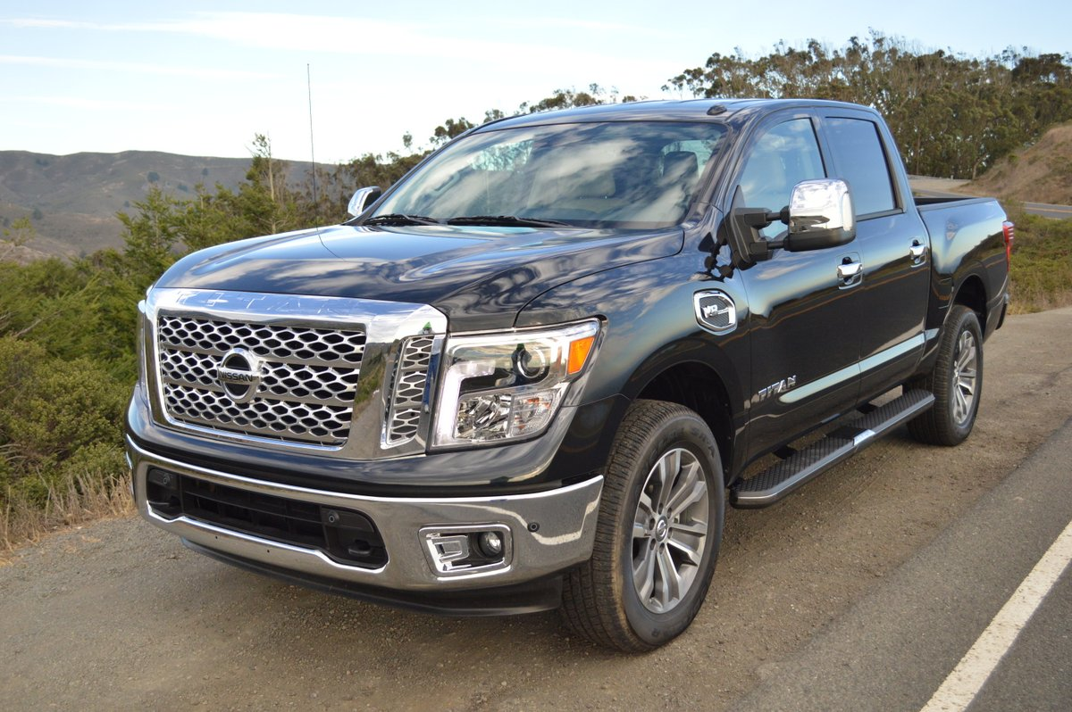 2017 nissan titan v8 sl 4wd review car reviews and news at. Black Bedroom Furniture Sets. Home Design Ideas