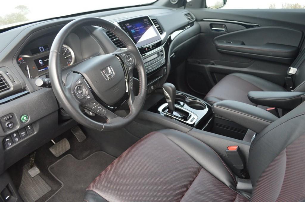 2017 Honda Ridgeline AWD Black Edition
