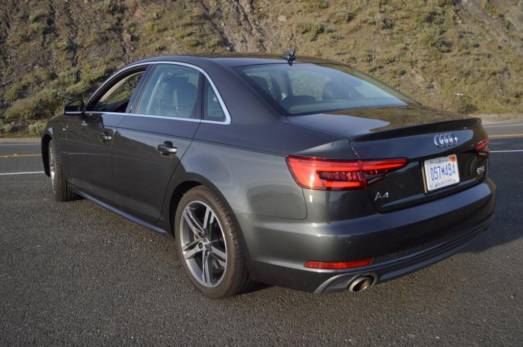 2017 Audi A4 2.0T Quattro S tronic