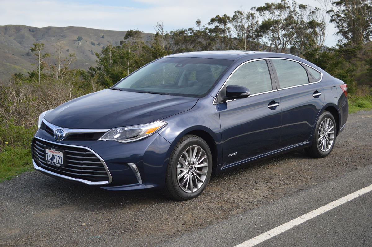 2017 toyota avalon hybrid limited review car reviews and news at. Black Bedroom Furniture Sets. Home Design Ideas