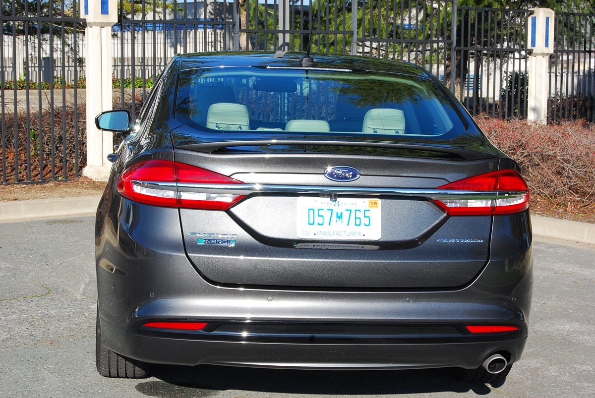 2017 ford fusion platinum energi review car reviews and. Black Bedroom Furniture Sets. Home Design Ideas