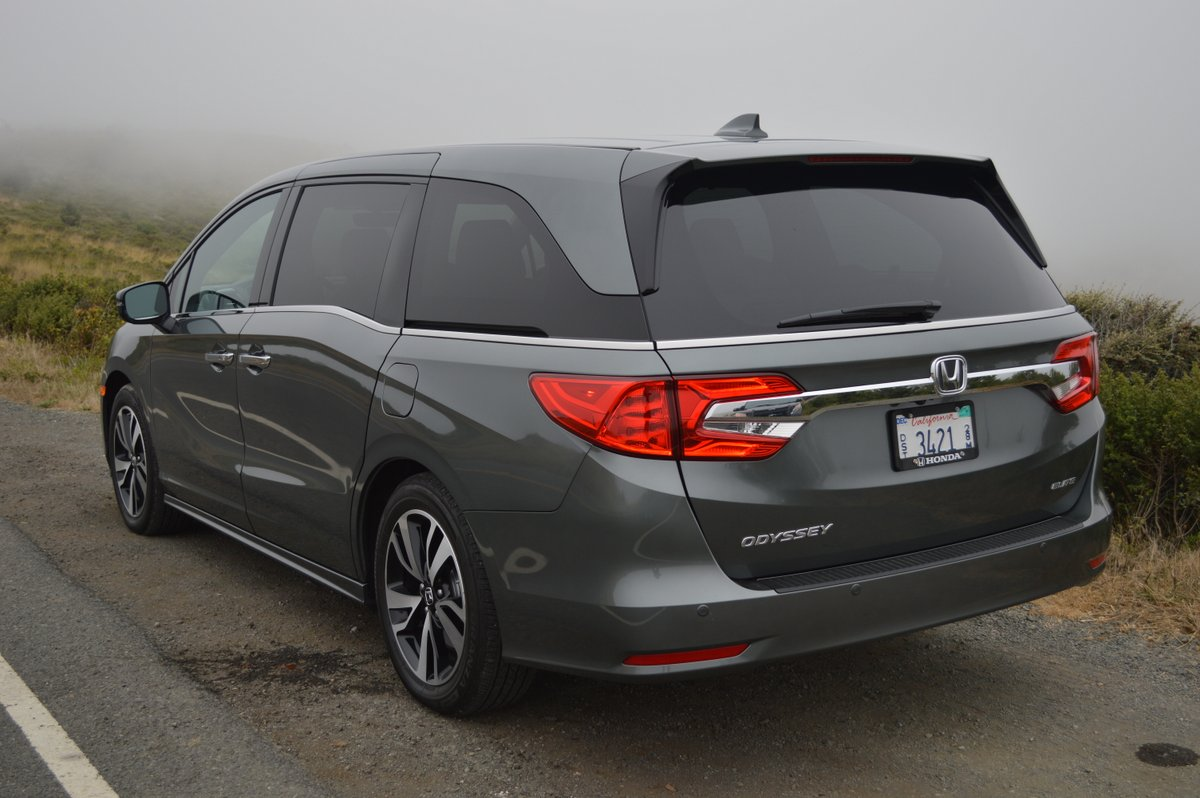 2018 honda odyssey elite review car reviews and news at. Black Bedroom Furniture Sets. Home Design Ideas