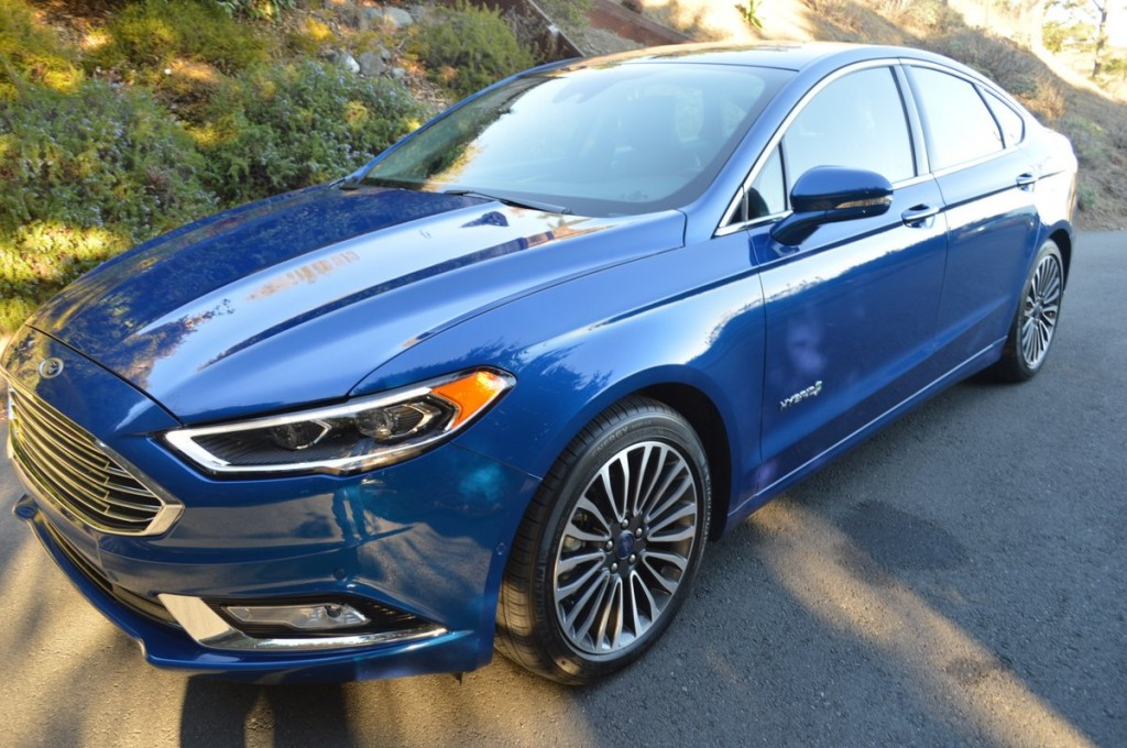 2017 ford fusion platinum hybrid car reviews and news at. Black Bedroom Furniture Sets. Home Design Ideas