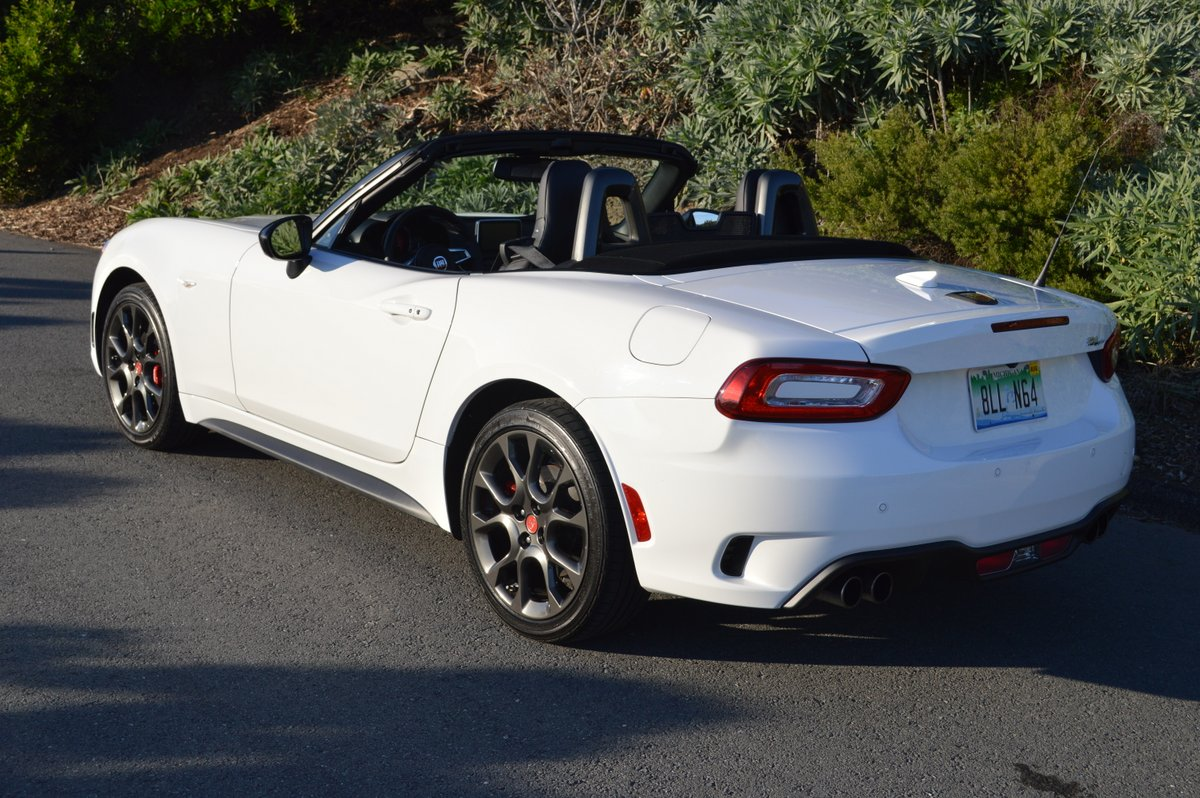 2017 fiat 124 spider abarth review car reviews and news at. Black Bedroom Furniture Sets. Home Design Ideas