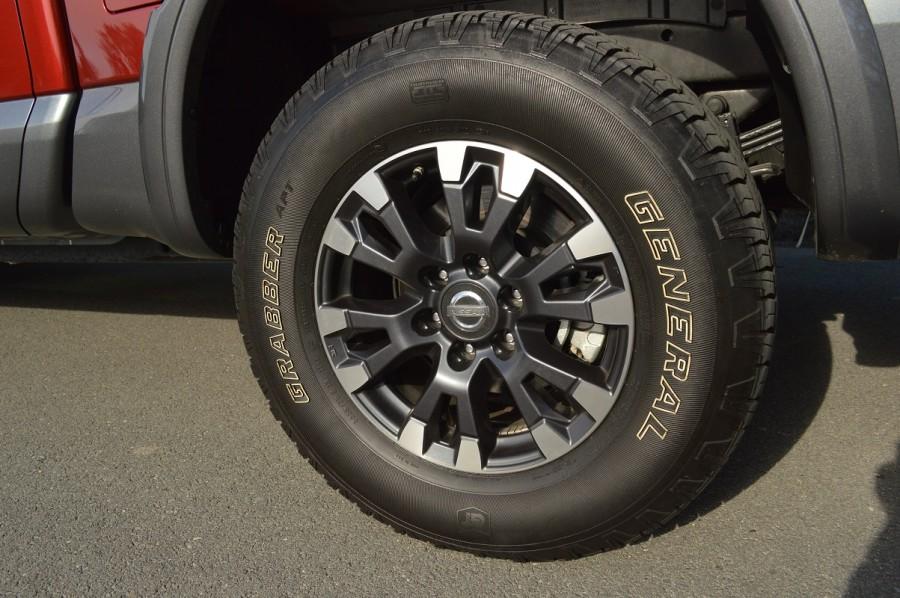 2017 Nissan Titan 5.6 Liter V8 PRO-4X 4WD CC