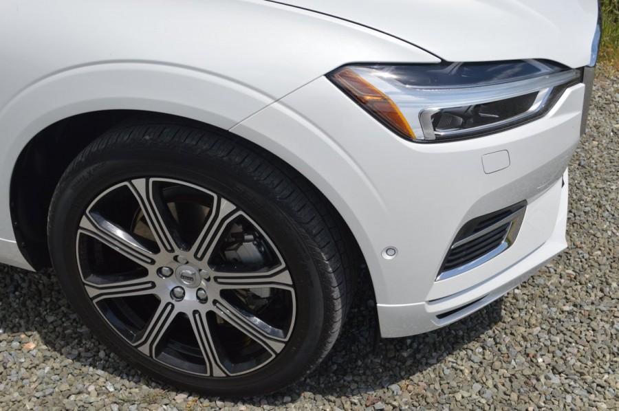 2018 Volvo XC60 T8 E-AWD Inscription